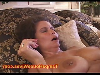 Cumshot Fuck Gang Bang Hot Housewife Mammy MILF Prostitut